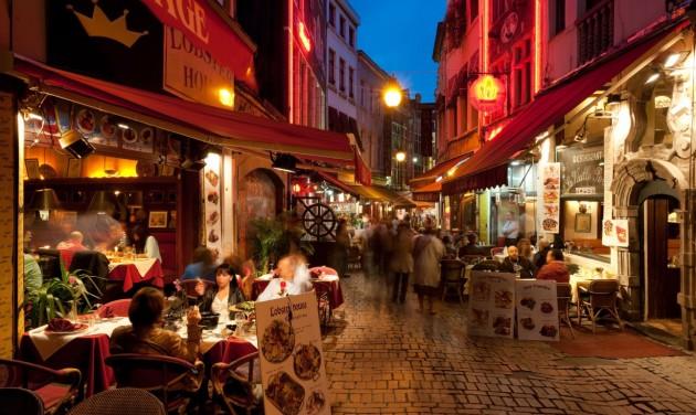 Brüsszelben csak védettségi igazolvánnyal látogathatók az éttermek, a bárok és a rendezvények