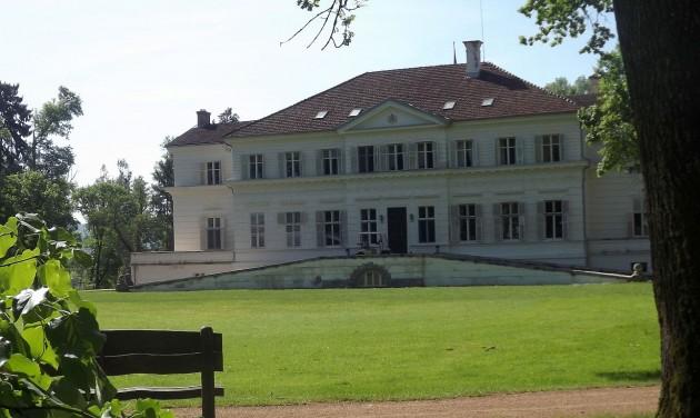 Megnyílt a látogatók előtt a Soborsini Királyi Kastély