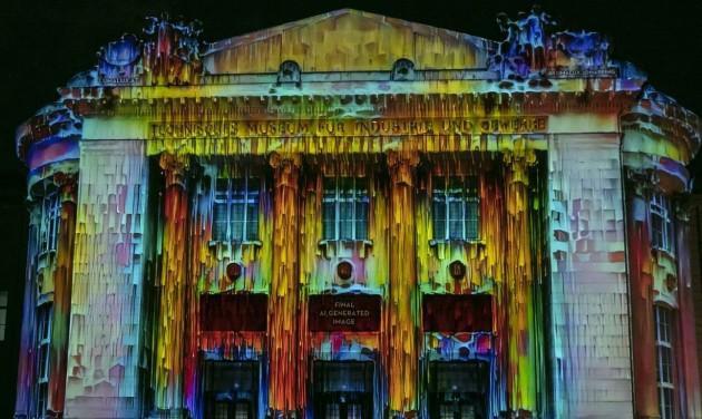 Fényfestéssel díszítik a bécsi Műszaki Múzeum homlokzatát