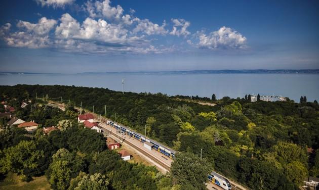 Új vonatjárat közlekedik vasárnaponként Fonyód és Budapest között