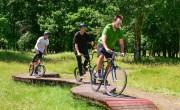 Megépült a Kígyóösvény erdei bringapark