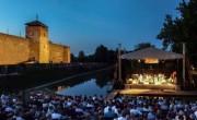 Csaknem ötven előadással készül idén a Gyulai Várszínház
