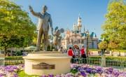 Oltóközpont lesz a kaliforniai Disneylandből