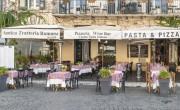 A hétfői zárlat előtt megrohanták a bárokat és a fodrászokat Olaszországban