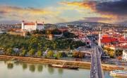 Szlovákia felfüggesztette a karantén kötelezettséget a be nem oltottaknak