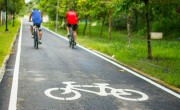 Újabb 850 kilométernyi kerékpárút kivitelezését támogatják