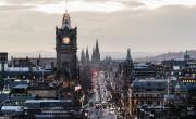 Skócia is bevezeti a hotelban töltendő karantént