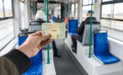 Csütörtökön ingyenesen utazhatnak az autótulajdonosok a BKK-járatokon