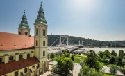 Budapest church to add viewing platforms with panoramic elevator