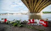 Salvage efforts continue at site of tourist boat sinking in Budapest
