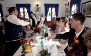 Hungary to subsidize gypsy music in restaurants