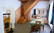 Három turistaház újult meg a Pilisi Parkerdőben
