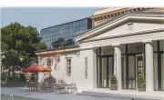 Az albán királyné nevét viseli a Múzeumkert új cukrászdája