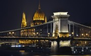 Budapest's iconic bridge may be closed for about two years