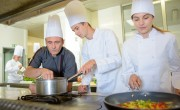 Turizmus-vendéglátás ágazati képzőközpontot hoznak létre Egerben