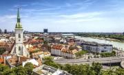 Javul a járványhelyzet, enyhítenek Szlovákiában