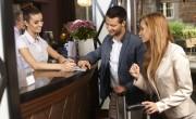 Megvan az 5,5 millió beoltott: külföldi turisták is mehetnek szállodába, fürdőbe, étterembe