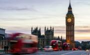 Március 8-tól négy lépésben oldja fel a korlátozásokat Anglia