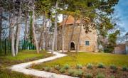 Befejeződött Idrisz baba türbéjének állagmegóvó felújítása