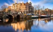 Hollandiában tüntetnek a vendéglátósok a lezárások ellen