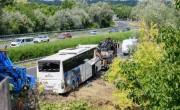 Elhunyt a szabadbattyáni buszbaleset egyik sérültje