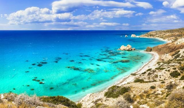 Ciprus mától megnyitotta határait a turisták előtt