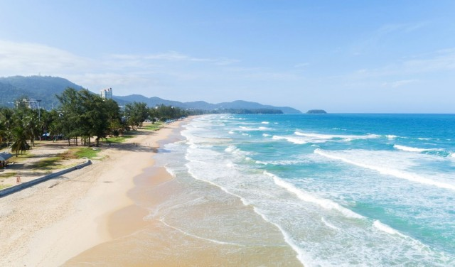 Sikeres a turizmus újraindítása Phuketen