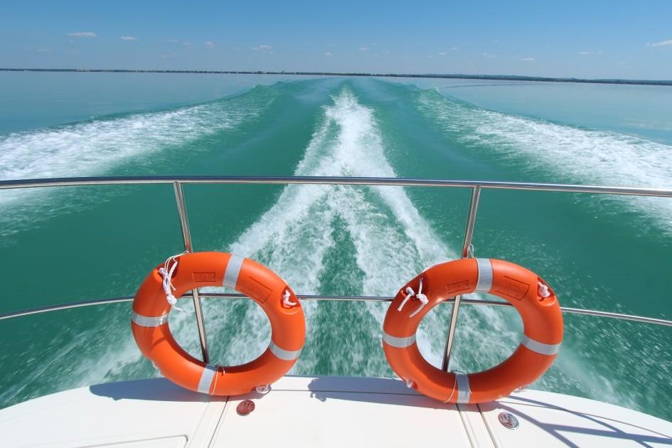 Enyhe áremeléssel indul a balatoni hajózási szezon