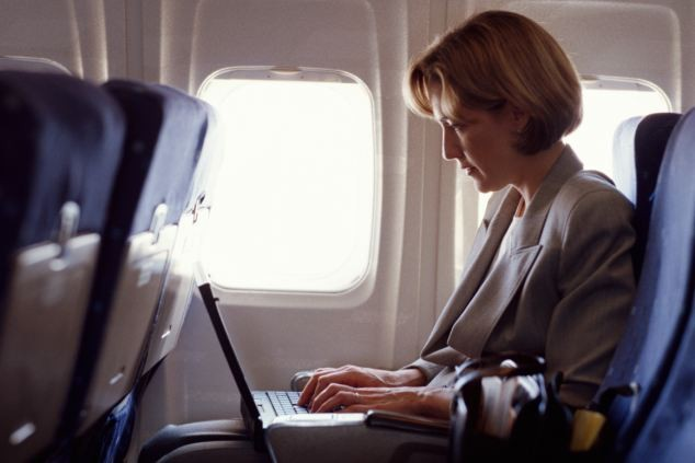 Egyes útvonalakon nem vihetünk laptopot a fedélzetre