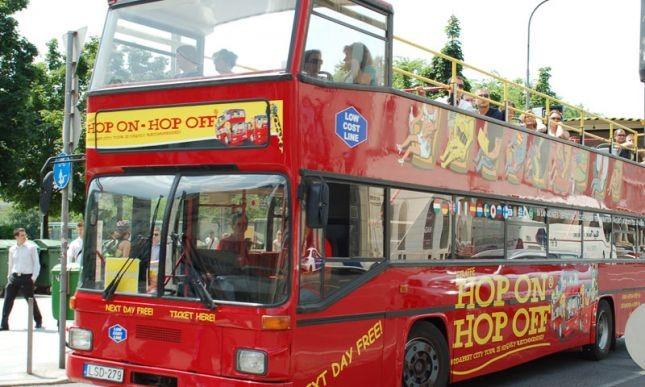 Dönthet Budapest a városnéző buszokról