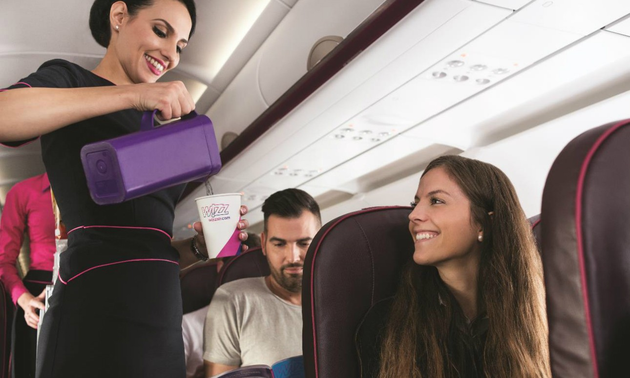 Életet mentettek a Wizz Air utaskísérői