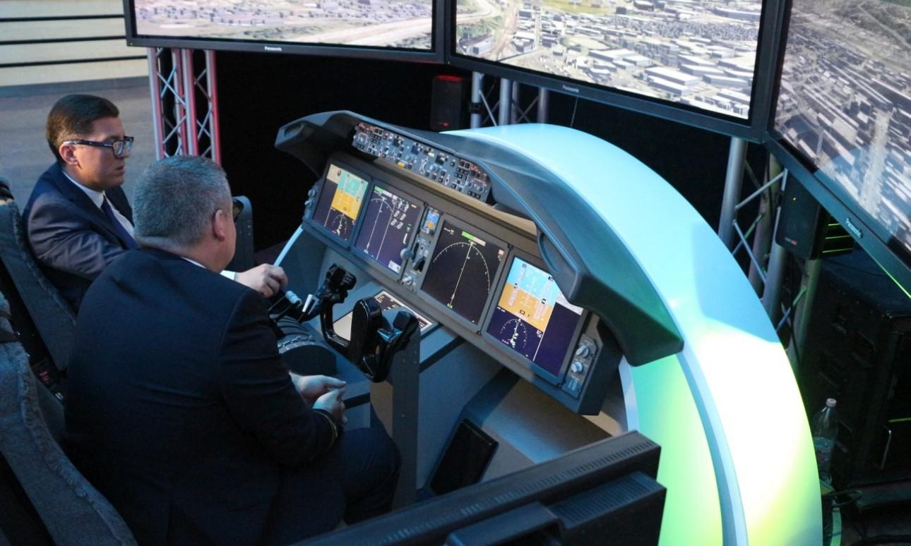 Egy napig bárki kipróbálhatja a LOT Dreamliner-szimulátorát