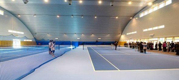 Fedett teniszcsarnokot épített az egri szállodatulajdonos