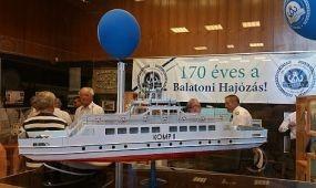 Kiállítás a balatoni hajózásról