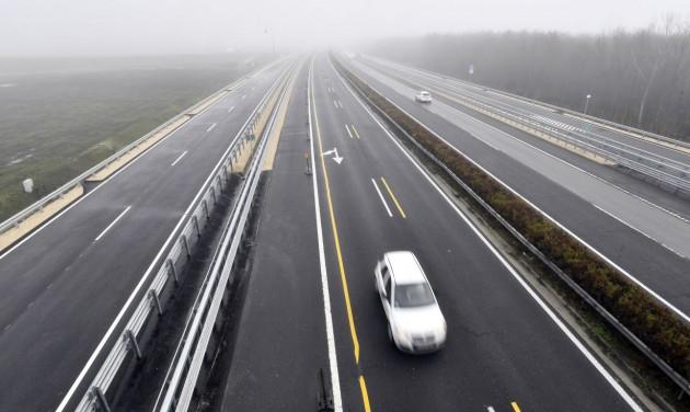 Új autópálya-csomópontot adtak át a Balatonnál