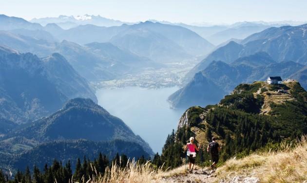 Nordic walkinggal és gleccsertúrával várnak az osztrákok