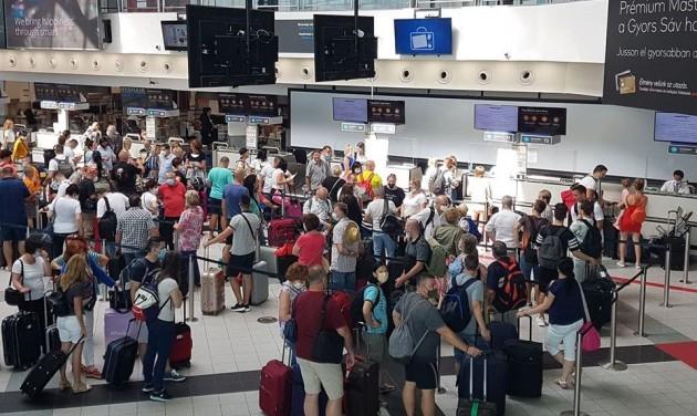 Így működik a Görögországba utazók beléptetése a gyakorlatban
