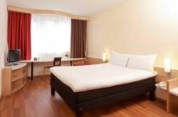 Szobalány, Ibis Budapest CITY szálloda