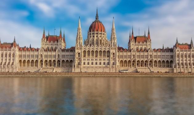 Tér-Zene – ismét nyári koncertek a Kossuth téren