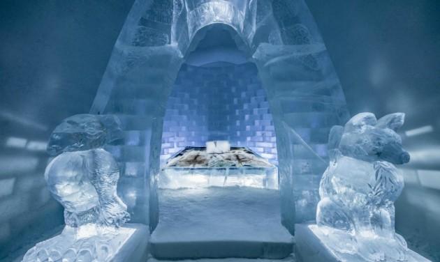 Fagyos a hangulat a jukkasjärvii jéghotelben