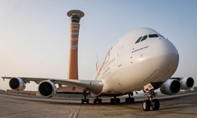 Az Emirates újraindítja szaúd-arábiai és szentpétervári járatait