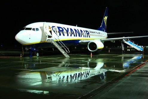 Fogyasztóvédelmi vizsgálat indul a Ryanair-utasok kálváriája miatt