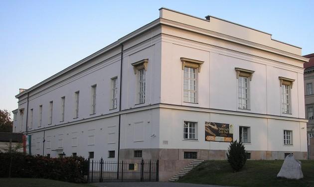 Nem költözik a Természettudományi Múzeum