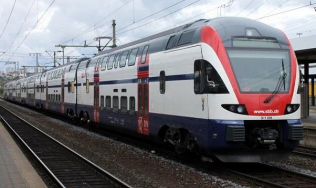 Emeletes motorvonatok járnak majd Vácra