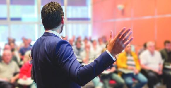 Hogyan tartsunk rövid, figyelemfelkeltő, frappáns beszámolót, prezentációt?