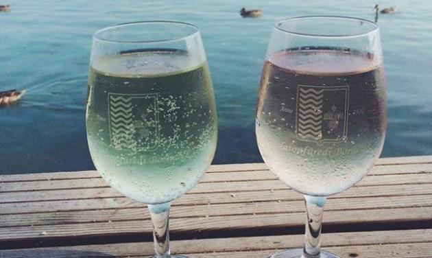 Háromszázféle borral lazulhatunk Balatonfüreden