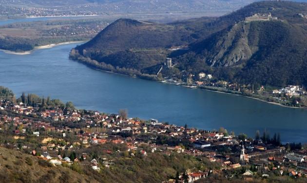 Társadalmi egyeztetésen a közép-magyarországi turisztikai pályázati felhívás