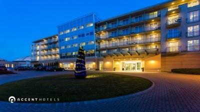 Többféle pozíció, Gotthard Therme Hotel & Conference****