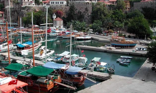 Rekordot döntött a turisták száma Antalyában