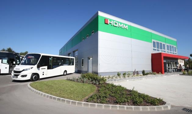 Autóbusz-javító és -karbantartó központot adtak át Székesfehérváron